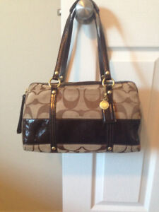 REAL Classic Coach Purse, Brown