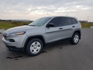 2016 Jeep Cherokee SPORT GOLD EXT WARR HEATED STEERING RR CAM HE