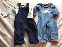 2x 0-3 months outfits