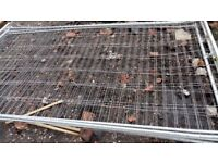 HERAS FENCING 3450mm X 2000mm USED WITH WIDE MESH.