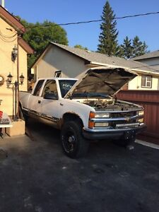 PARTING OUT 1997 Chevy K1500