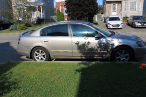 2005 Nissan Altima automatic all electronic for sell