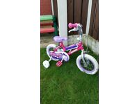 """Girls 12.5"""" lip gloss bike with stabilisers can deliver for a small charge"""