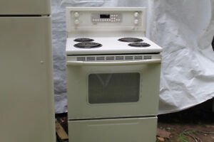 Kenmore Stove and Above Range Microwave