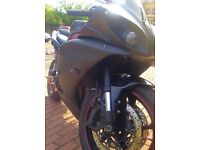 R1 Yamaha 2010 Plate LOW miles 7K*** Black & Red