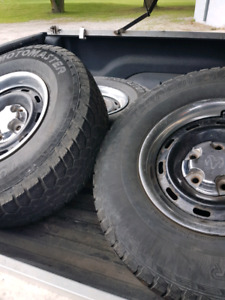 1998 Dodge Ram Rims and tyres.