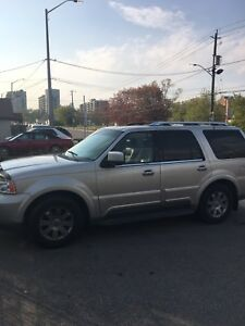03 Lincoln Navigator leather sunroof clean certified $5495