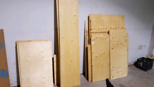 Wood Plywood pieces and 2 x 4's