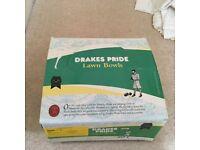 Drakes Pride Professional ladies lawn bowls