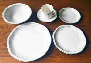 24 Piece Caprice (Octagonal) by Royal Doulton - Pattern RD CAPR