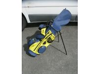 Dunlop Junior golf set with double harness stand bag