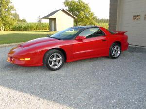 1997 Pontiac Firebird Coupé (2 portes)