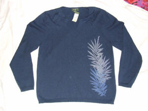 Eddie Bauer Ladies Sweater - M - NEW  WITH  TAGS - $20.00