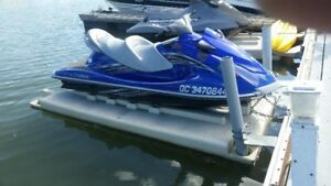 YAMAHA WAVE RUNNER