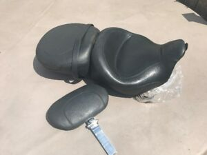 Mustang Seat for Harley touring. Includes driver's backrest