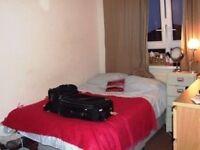 ALDGATE EAST, E1, FANTASTIC 5 BED DUPLEX APARTMENT