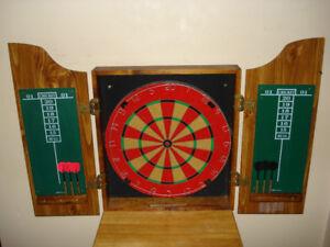 Marlboro Dart Board With Case And Darts