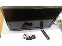 26 INCH LG FREEVIEW HDMI USB PC ETC WITH WALL MOUNT