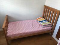 Mothercare Jamestown Cot Bed & Cot Top Babychanger