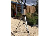 Revue camera/binoculars tripod