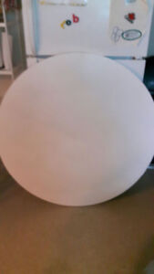White Round Dining Table With Leaf Excellent Condition