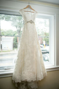 Lace Alyce Paris Wedding Dress - Ivory - Size 14