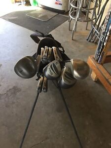 Golf clubs right hand men's