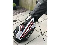 TITLEIST STAND BAG STADRY MINT USED TWICE ! 9.5/10