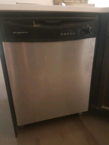 Dishwasher for sale -  best offer takes in 48 hours