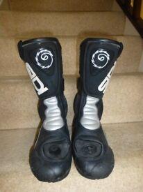 SIDI Vertebra system motorbike boots