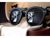 Illesteva Leonard Sunglasses | Black Acetate