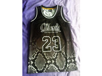 Black Basketball Shirt by 'Other' size Medium