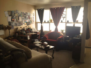 Roommate Wanted for Sept 1st.  5 min walk from camous