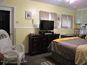 B & B Cape-Pele only minutes to beaches and seafood