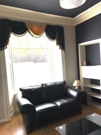 Central Dunfermline, fully furnished, one bedroomed flat. Deposit required. No DSS