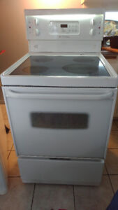 Fridge/ Stove / Washer  MUST SELL...  EXCELLENT CONDITION!!