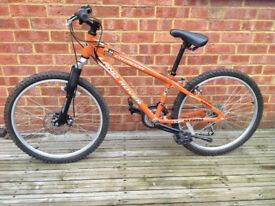 Land Rover G4 Challenge orange 14 inch frame, 24 inch wheels Shimano gears Criador boys bike used
