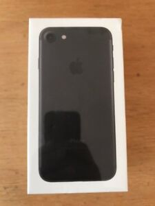 BRAND NEW iPhone 7 32gb ROGERS