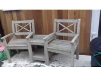 Marks and Spencer garden furniture. Sold as seen . Two seperate items.