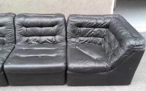 ►►► 5 Piece Black PVC Sofa Set ◄◄◄
