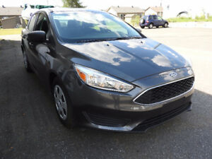 2015 Ford Focus S Berline