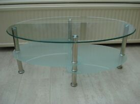 MODERN CLEAR GLASS COFFEE TABLE, VGC