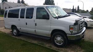 2012 Ford E-350 Econoline Minivan, Van