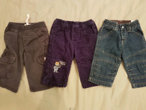 BOX OF BOYS CLOTHING (9-12 months)