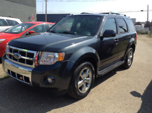 2009 Ford Escape Limited SUV 4X4 / LOADED / CLEAN CARPROOF