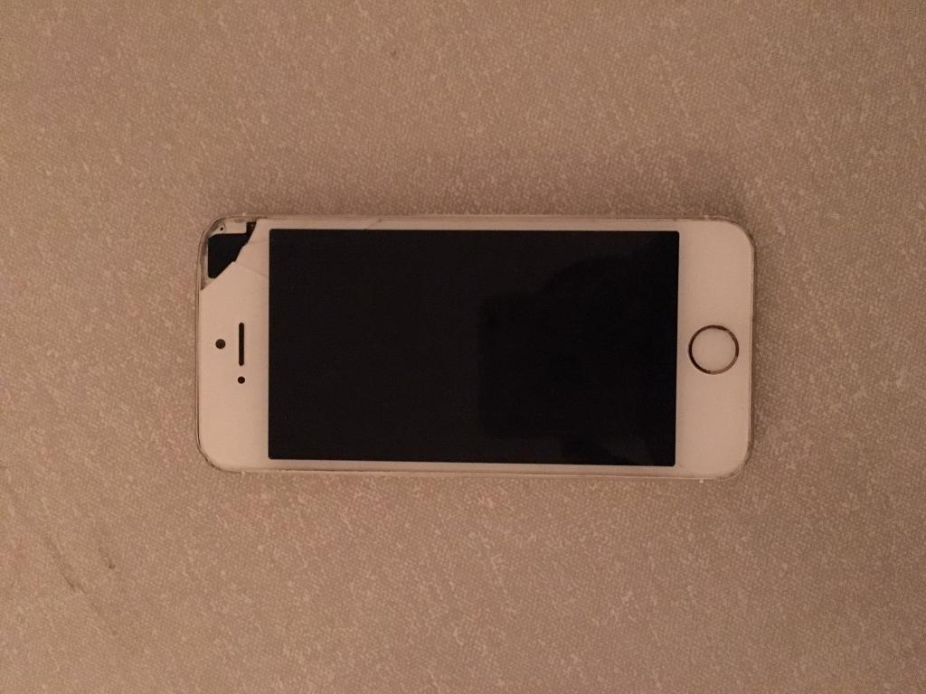 IPhone 5s 16gb (spares an repairs