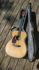Left handed martin&co acoustic guitar electric.