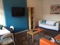 Very Large Double Room to Rent - Beeston £420 inc cleaner!!