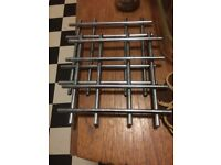 2 metal pan stands for resting hot pans / oven ware on on the table