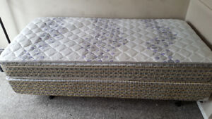 Twin XL Beds for Sale - Welland - Perfect for Students